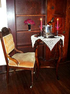 This favorite sitting area belonged to Mama Pelt who lived to the age of 94. This was her room from 1927 to 1947. This bedroom was built especially for her. Now you can enjoy your favorite glass of wine and a good book.